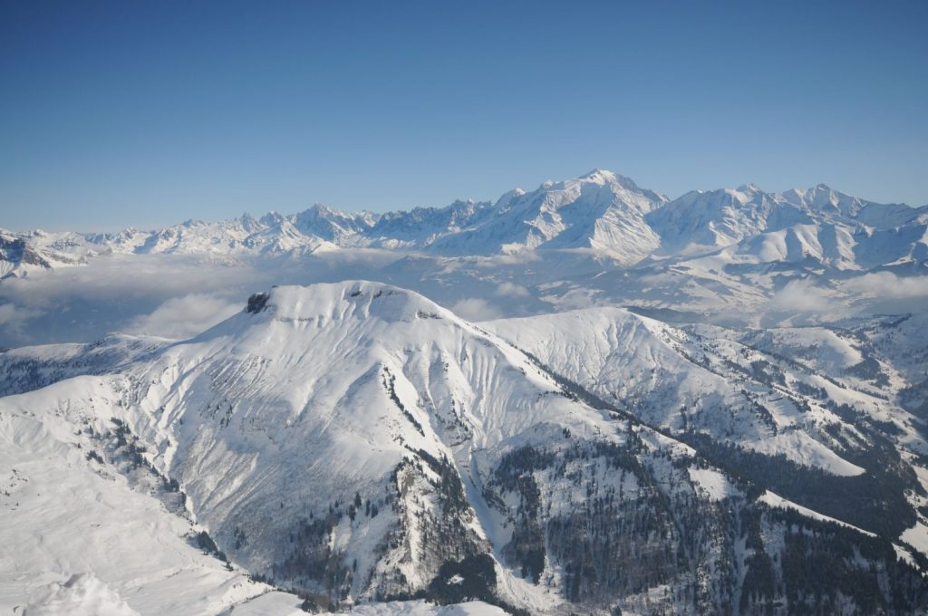 La Clusaz – wino, ser i śnieg, czyli narty we Francji